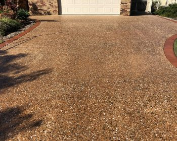 gallery washed sealed concrete 02 350x280 - Concreters Brisbane